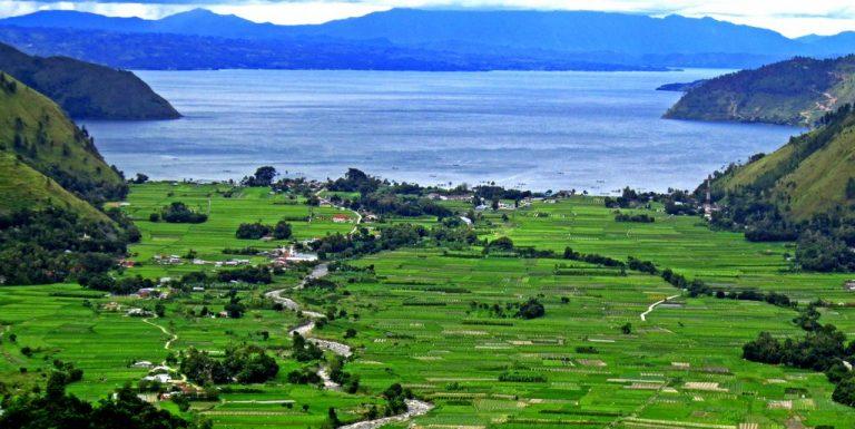Tourtoba.com- wisata danau toba - Mengenal Keindahan Negri Bakara, Tempat Wisata di Negeri Bakara, Air Terjun Binang Jati, Lembah Bakara