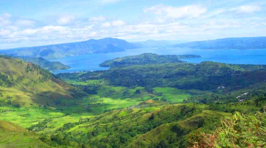 tourtoba.com - wisata tarutung, Tour Toba - Wisata Danau Toba - The Ultimate Guide To Lake Toba - Paket Wisata Danau Toba - Hotel Terbaik di Sekitar Danau Toba - Restoran Terbaik di Samosir - Tempat Wisata Di Sekitar Danau Toba - Panduan Wisata Danau Toba dan Pulau Samosir