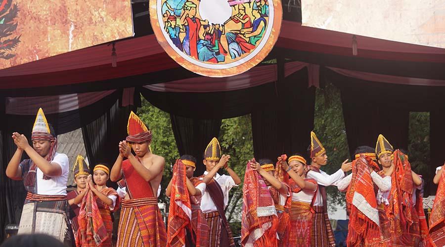 tourtoba.com - jong bataks arts festival - wisata danau toba - objek wisata danau toba