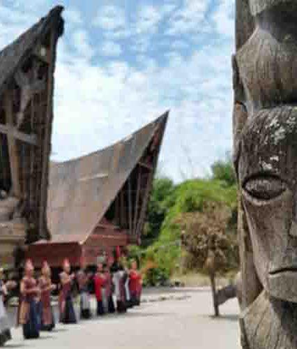Museum Huta Bolon : Museum Batak di Pulau Samosir