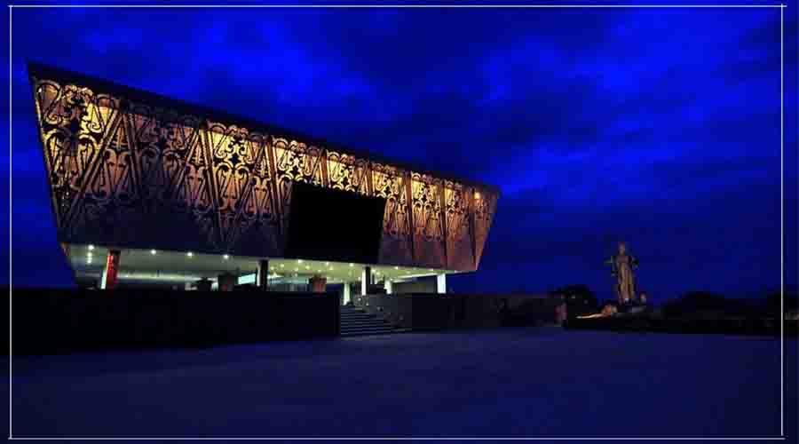 tourtoba.com - tb silalahi center