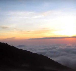 InilahAlasan Mengapa Kamu Harus Berhati-hati Ketika Mendaki Gunung Sibuatan