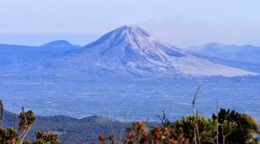 tourtoba.com- gunung sibuatan