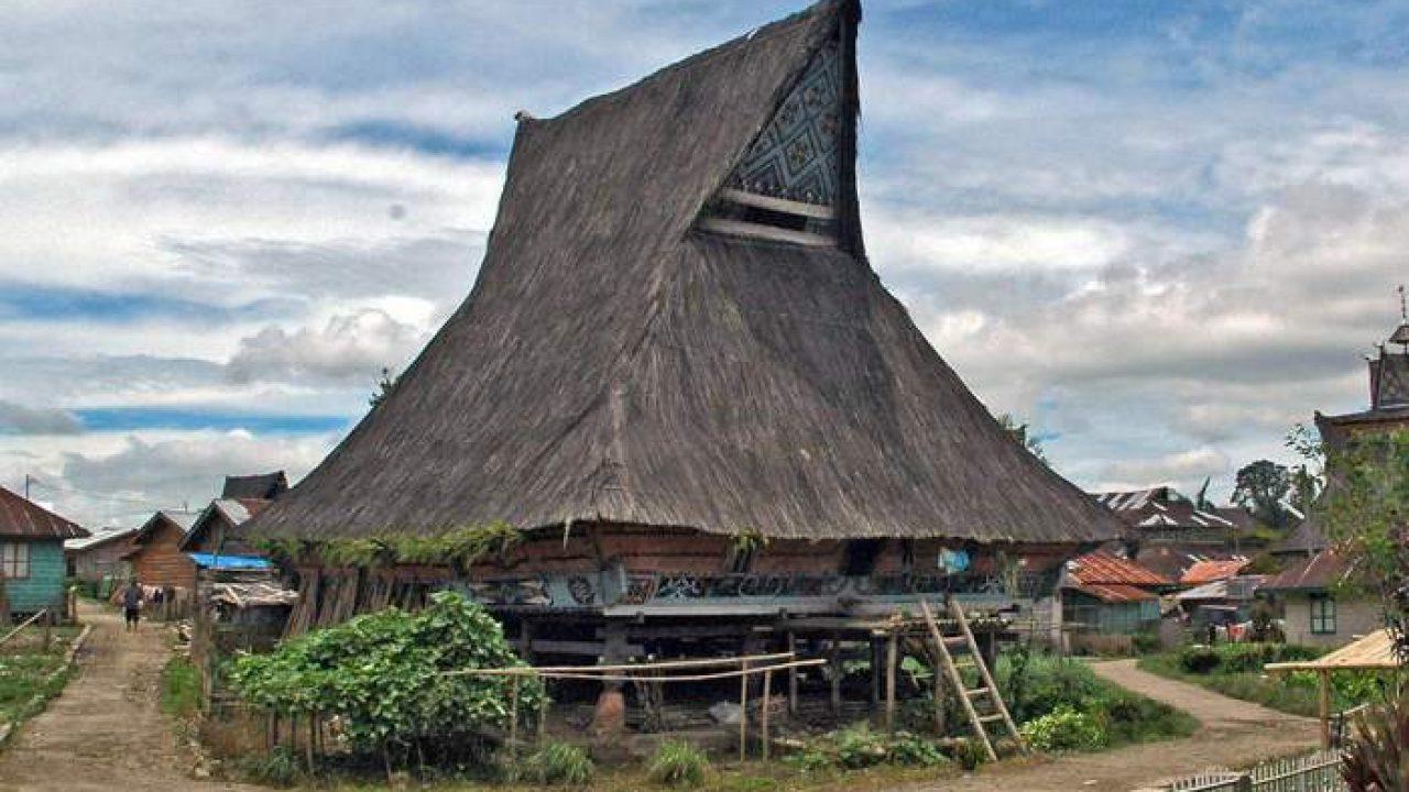 Rumah Adat Batak Sumatera Utara Yang Wajib Kamu Ketahui