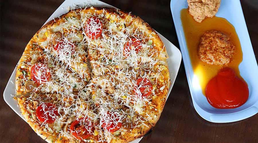 Lezatnya Pizza Andaliman, Pizza Italia Bercitarasa Batak