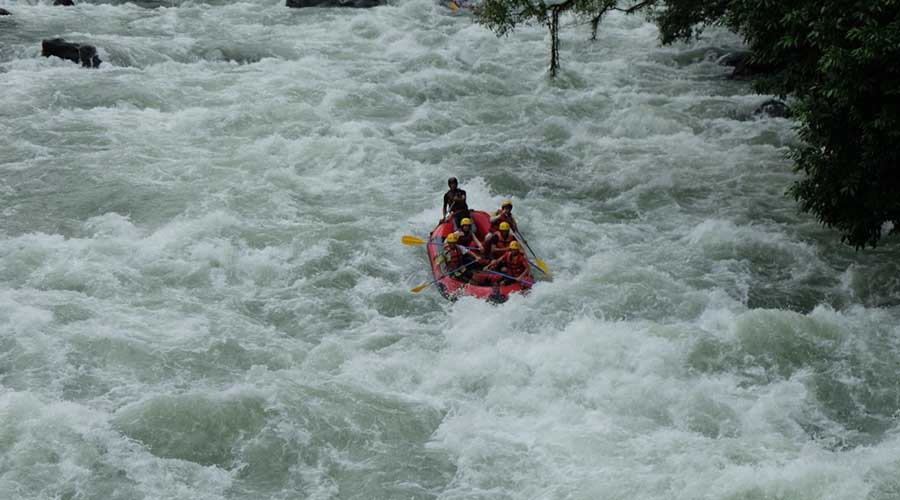 Sungai asahan - TourToba.com - Tempat wisata Sungai asahan - wisata sungai asahan - jalan menuju sungai asahan - arum jeram sungai asahan