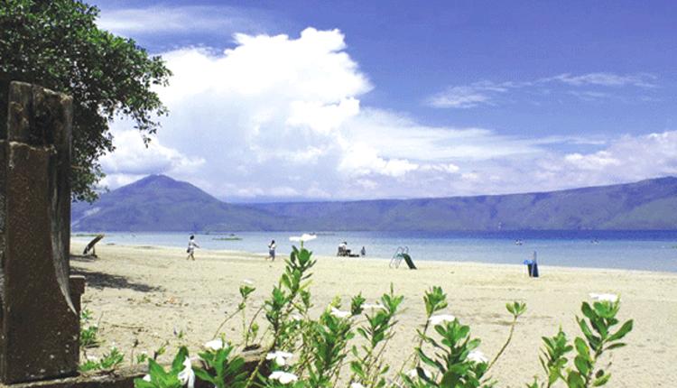 TourToba.com - Wisata Danau Toba - tempat wisata pantai bebas sukkean, Danau Sukkean, dermaga sukkean, wisata danau bebas sukkean, onanrunggu